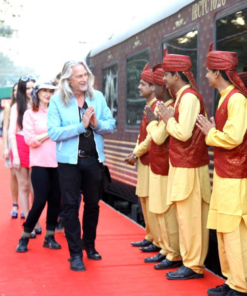 indian-panorama-luxury-train-ranthambore-tour-by-maharaja-express