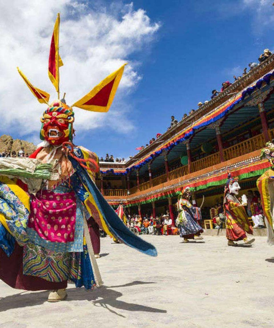ladakh-hemis-festival-tour-package