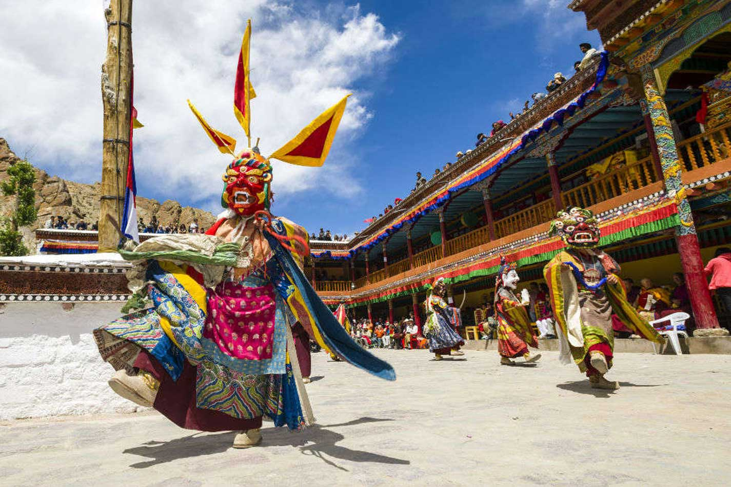 hemis festival ladakh tour package